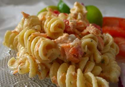 Weight Watchers Recipes: Salmon pasta salad | Fewer Calories