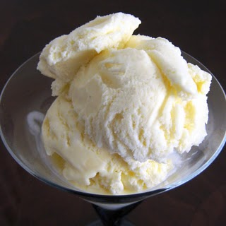 Vanilla Ice Cream Custard Recipe - 8 Point